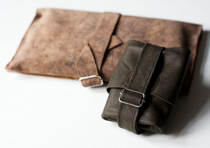 Obwoluta/ okładka na książkę. #accessories #LeatherAccessories #suede  #leatherbookcover #leatherbook #forestgreen