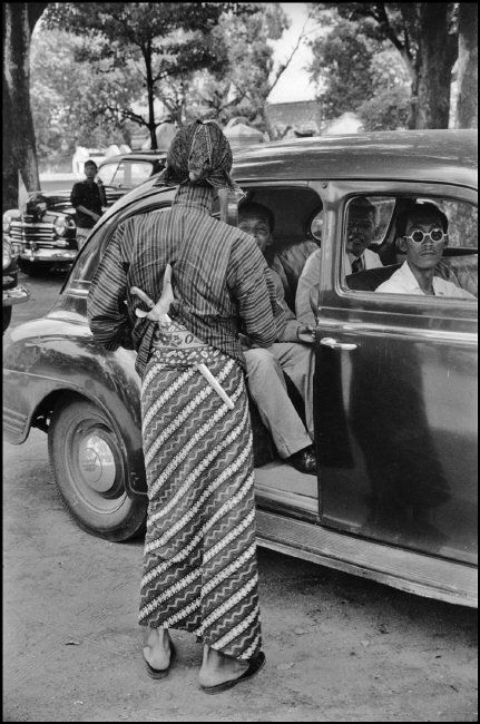 Henri Cartier-Bresson // Indonesia, 1949 -- Java.