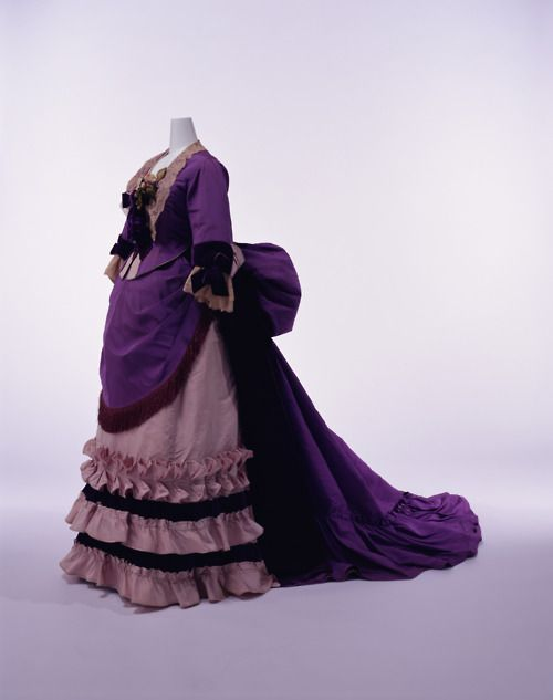 Charles Fredrick Worth, 1871Fredrick Worth, Charles Frederick Worth, Kyoto Costumes, Historical Clothing, Historical Fashion, Costumes Institution, Stunning Dresses, 1870, Vintage Clothing