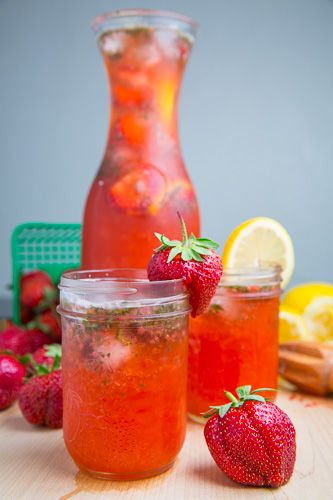 Strawberry Basil Lemonade  #summer #berries #wfmwinavitamix