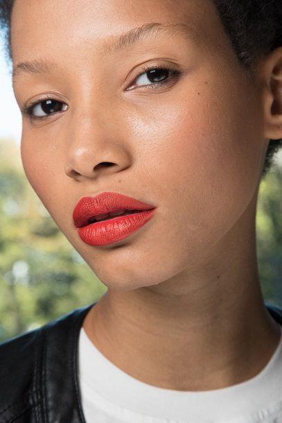 #Lipstick #trend Spring Summer 2016 pale ReD anthony_vaccarello