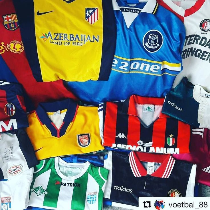 That Milan shirt  @voetbal_88  Today I make new pictures for my website www.voetbal88.nl and #FB! #footballshirts #football #jerseys  #footballshirtcollective #voetbalshirts  #arsenal #liverpool #acmilan #everton #atleticomadrid #peczwolle #psv #fcbarcelona #bolognafc #nike #adidas #umbro #puma #macron #coym