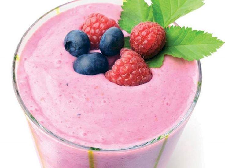 Berry yoğurt shake