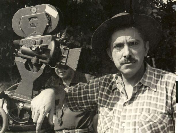 Mazzaropi faria 100 anos hoje; veja fotos da carreira do ator http://aguriadourada.blogspot.com.br/2012/04/mazzaropi-faria-100-anos-hoje-veja.html