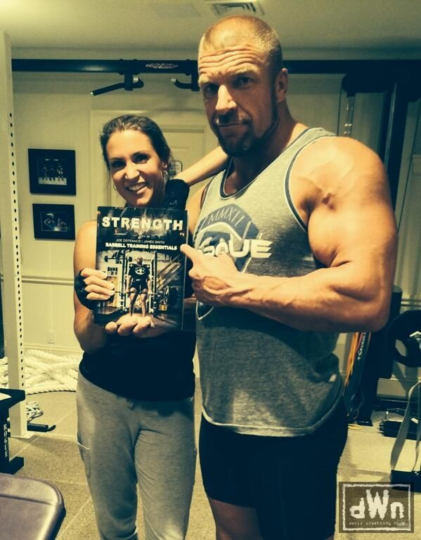 New Photo of Triple H and Stephanie McMahon After a Workout http://dailywrestlingnews.com/?p=74649