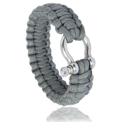 Bracelet de survie gris avec manille http://www.bijoux-pour-homme.eu/bracelet-de-survie-gris-avec-manille-p-2610.html