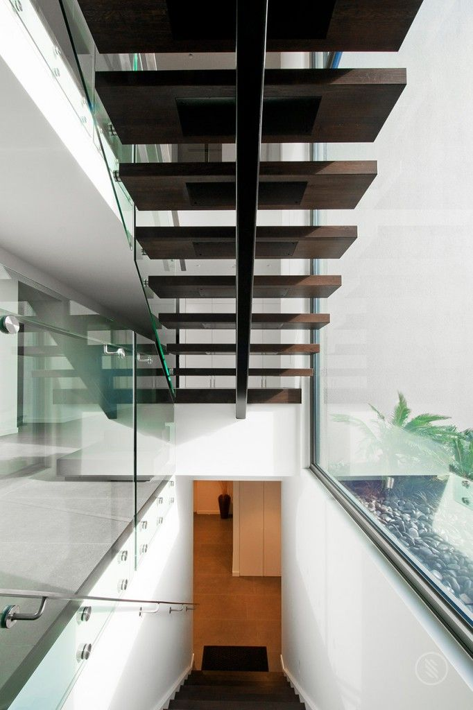 95 best escalier images on Pinterest Modern stairs, Ladders and - eclairage led escalier interieur