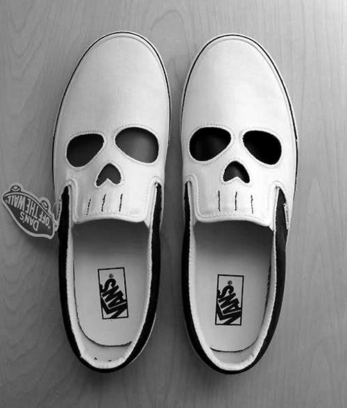 Mens Shoes With Skulls On Them