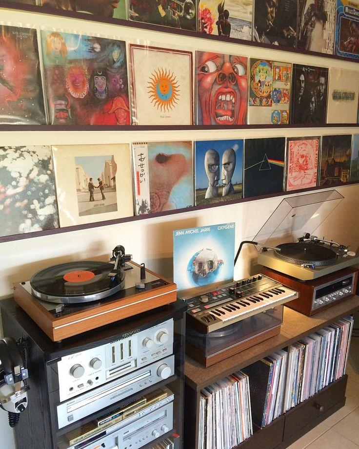 25 best ideas about lp storage on pinterest record. Black Bedroom Furniture Sets. Home Design Ideas