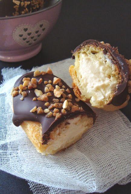 5 Sentidos en la cocina: Éclairs de crema de turrón y crujiente de chocolate