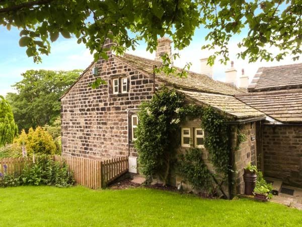 Yate Cottage | Oxenhope | Lower Town | Yorkshire Dales | Self Catering Holiday Cottage