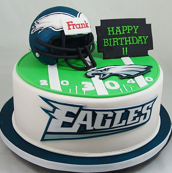 Philadelphia Eagles Themed Birthday Cake Philadelphiaeaglescake Footballcake Ideas In 2018 Cakes