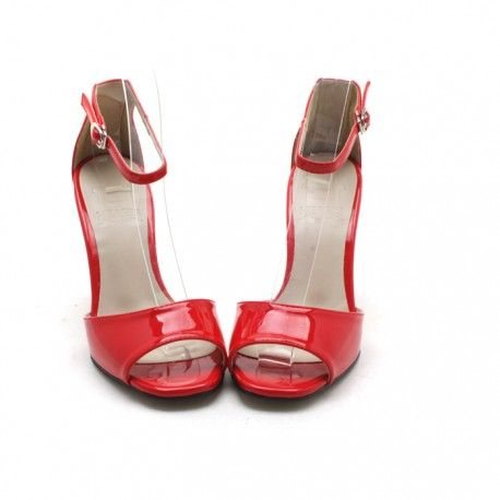 Korean fashion trend for womens: HEARTS Anckle strap Heels