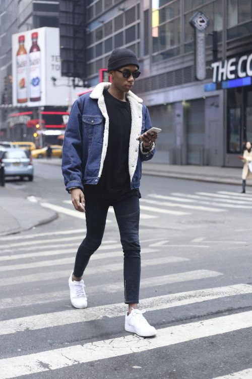 https://i.pinimg.com/736x/91/69/9a/91699a86a10eb863f2a296705e5bc3ac--denim-jacket-men-jean-jacket-outfits.jpg