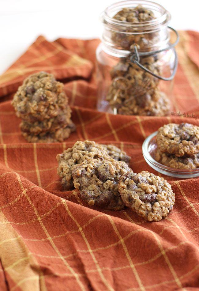 Chewy Oatmeal Raisinet Cookies | Cookies & Bars | Pinterest