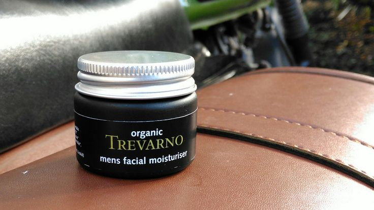Trevarno Mens Moisturizer #Mens #MeansHealth #Style #grooming #styling #mensproducts #mensstyle #blog #blogging #lifestyle #bloggers #wordpress  #MaleBloggers #mobro #beardbro