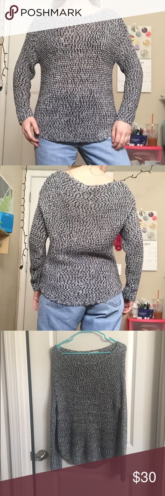 NWOT ZARA LOOSE KNIT, LIGHTWEIGHT MARLED SWEATER Bought this in Italy! NWOT. The knit is very loose and requires a shirt/bra underneath. Very lightweight, beachy, and breathable! Wide neck Zara Sweaters Crew & Scoop Necks