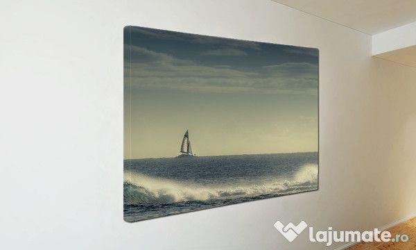 Tablou Canvas Cu barca pe mare ST15 (45)- 300 ron