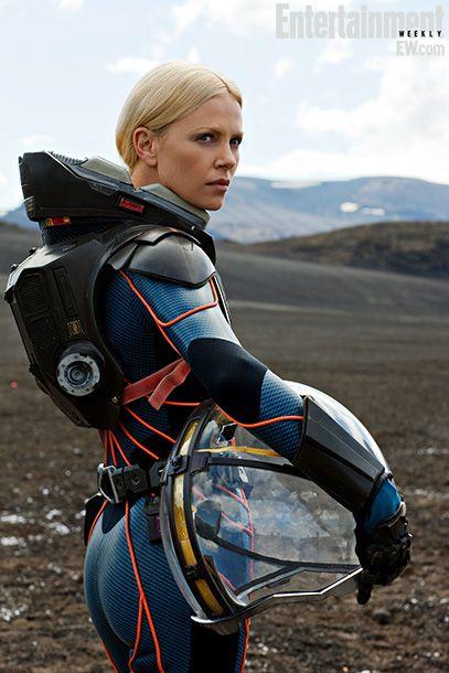 PROMETHEUS - 17 Cool New Photos from the Epic Sci-Fi Film — GeekTyrant