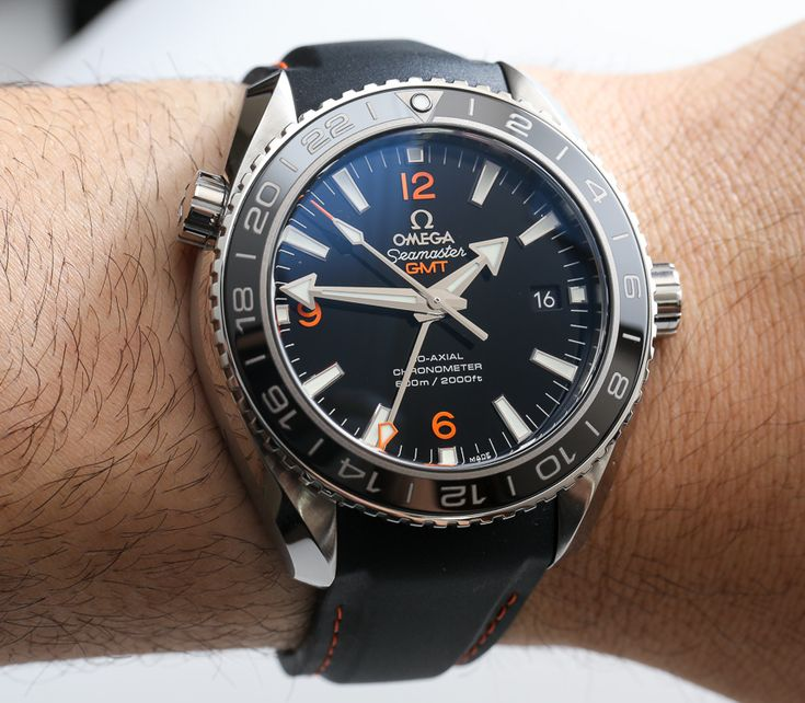 Omega Seamaster Planet Ocean GMT Watch Review | aBlogtoWatch