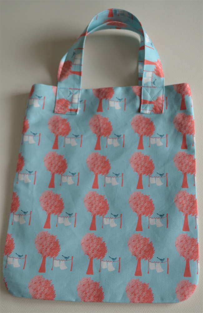 Small tote. This fabric is called 'Washline'