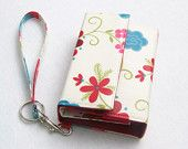 Galaxy S5 Wristlet, iPhone 5 Wallet, iPhone 6 Cover, cell phone purse, LG G3, Htc One, nexus 5, nokia lumia,  ivory and red floral