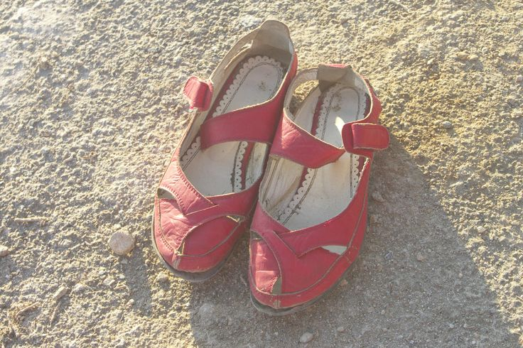 Takto dopadly boty po osmi dnech chození po Kypru :-)