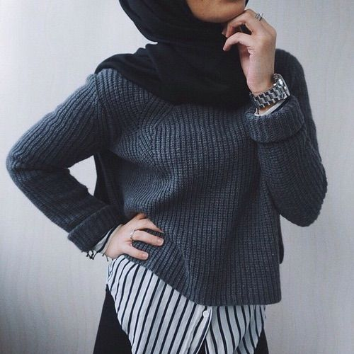 Minimal Chic Hijab | We Heart It | #beautiful #clothes #fashion #hijab #inspiration #inspiring #islamic #luxury #modest #muslims #outfit #style #modest