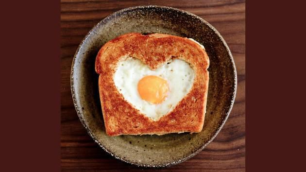 Consider these romantic breakfast ideas for the 14th.