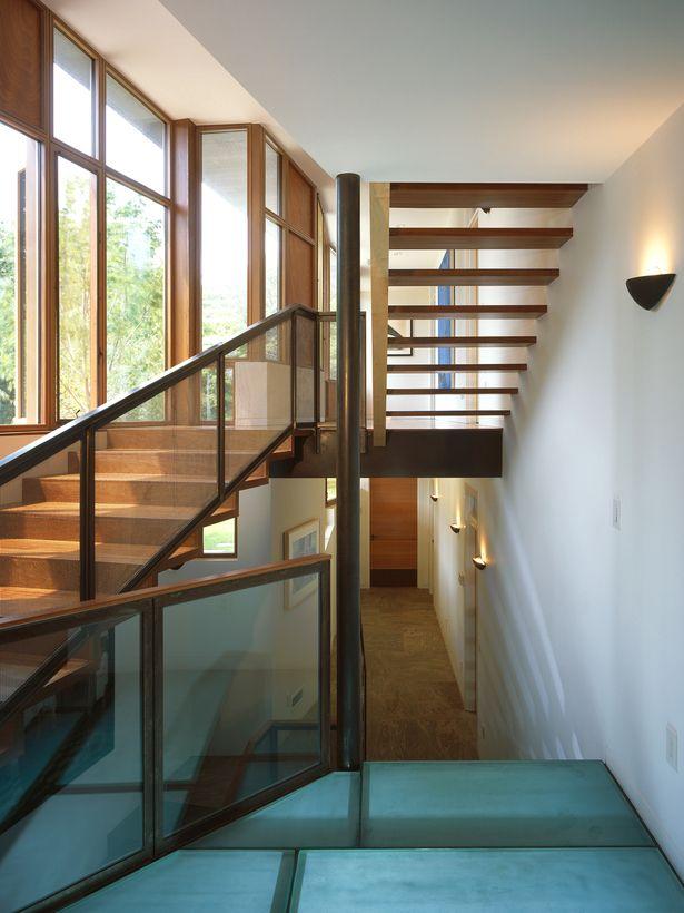 Lighting Basement Washroom Stairs: Best 25+ Stair Handrail Ideas On Pinterest