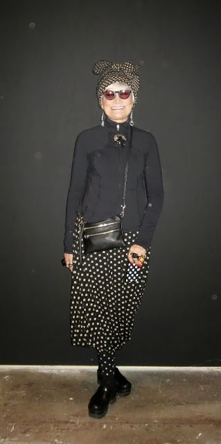polka skirt, and leggings, black cut loose top, pair with polka head band or skater hat and doc martins