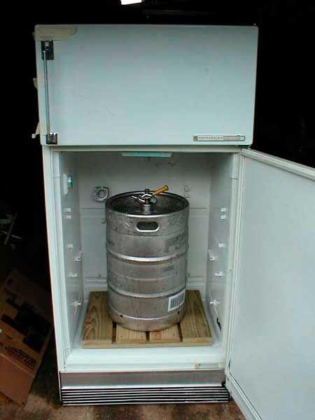 Cerveza de Argentina - Construyendo el Refrigerador para Barriles de Cerveza transformando una heladera