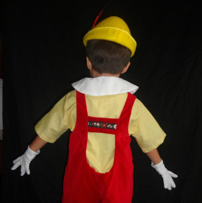 how to make a pinocchio hat