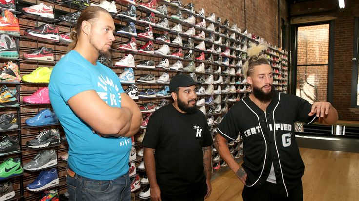 See what a $30K pair of sneakers looks like: Enzo & Cass' SummerSlam Homecoming Feels 22 Sneakers...  Enzo & Big Cass take a look at some of the most expensive sneakers in the world at Flight Club NYC. More ACTION on WWE NETWORK : http://wwenetwork.com Subscribe to WWE on YouTube:...