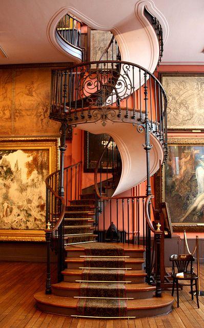 escaliers anciens une collection d 39 id es que vous avez essay es propos de la cat gorie autre. Black Bedroom Furniture Sets. Home Design Ideas