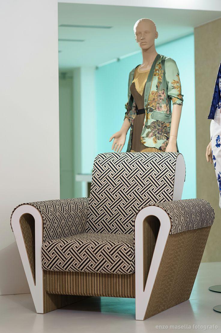 Fuori Salone Milano 2014 - L'elegante poltrona Dahila di Staygreen realizzata, in esclusiva per il Fuori Salone, con tessuto Seventy www.staygreen.it