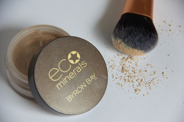 Eco Minerals Perfection Foundation - love this stuff
