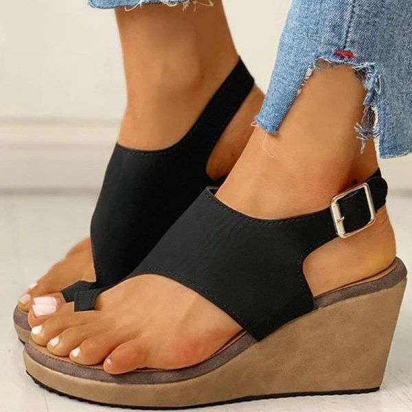 Fashion Cutout Wedge Sandals In 2020 Chunky Heels Sandals Wedge Sandals Chunky Heels Style