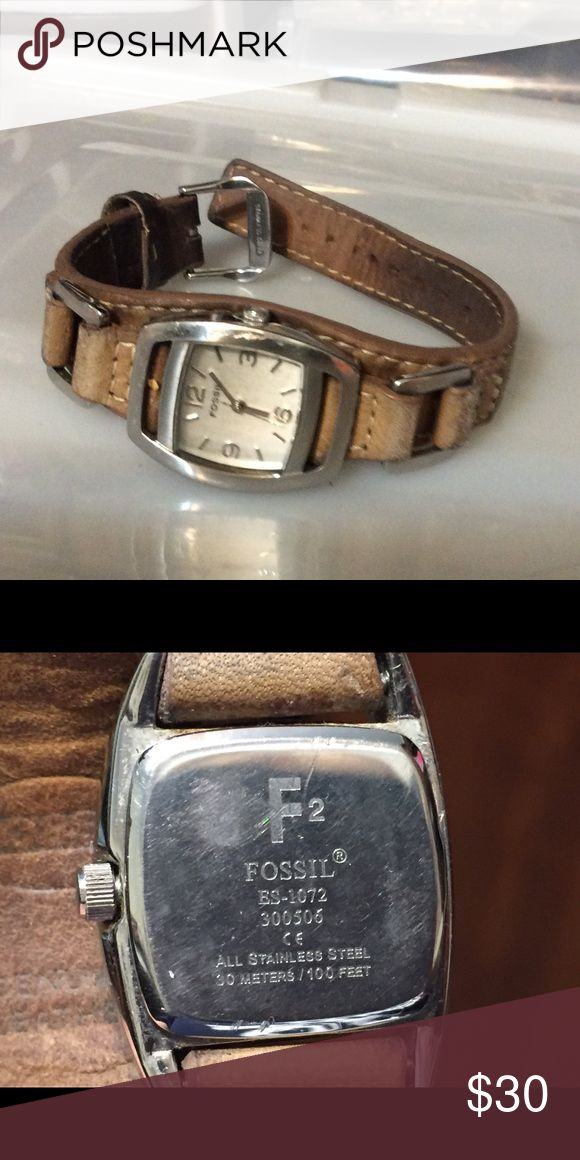 Vintage Fossil ladies watch with leather band This sporty watch has brown leather band and was made in Britain. Needs new battery Accessories Watches