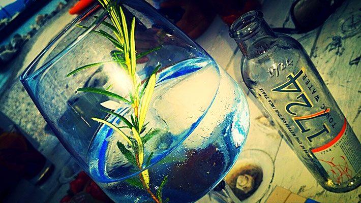 www.formulahs.com, aperitivo al giallo limone,spiaggia sul lago di garda,gin tonic