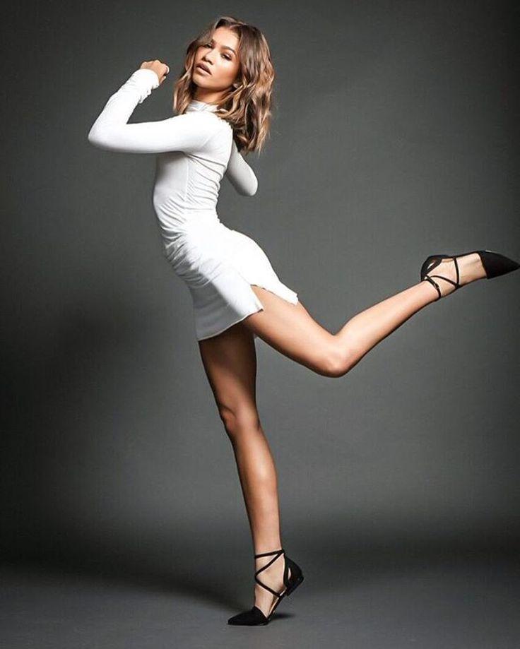 "#zendaya: A ""ballet"" flat @/dayabyzendaya More"