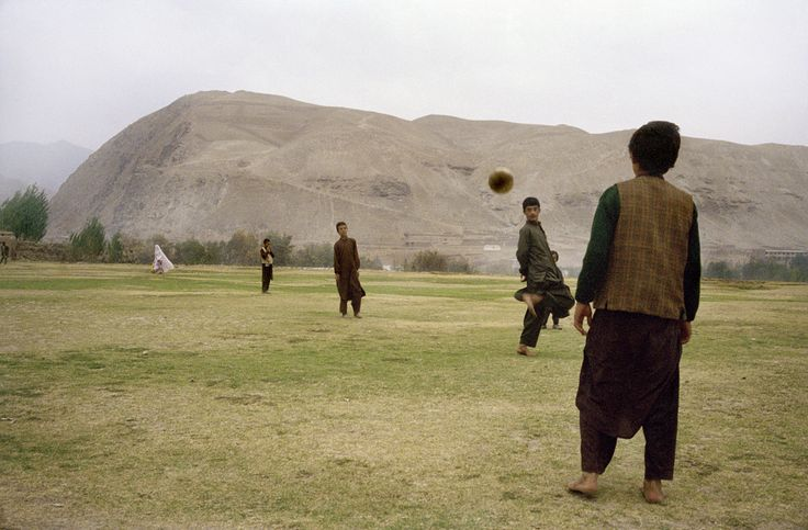 Magnum Photos - Thomas Dworzak View profile AFGHANISTAN. Province of Badakhshan. Town of Fayzabad. October 23th, 2001. On the town outskirts.