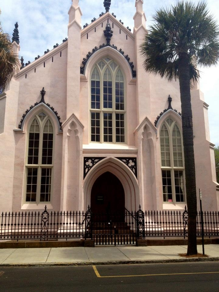 Huguenot Church looking gorgeous and almost done with restoration work! #huguenotchurch #charleston #architecture
