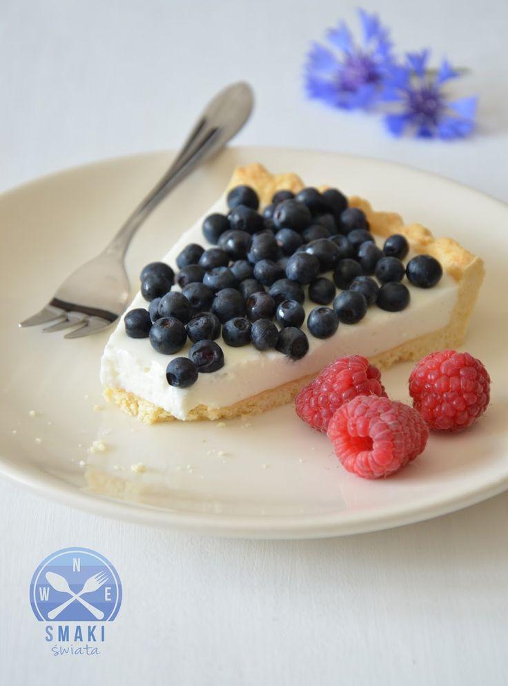 Smaki Świata: Tarta jogurtowo - serowa z jagodami