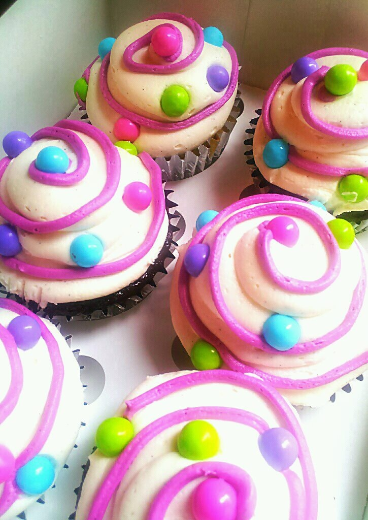 Love this for a little girl party!!