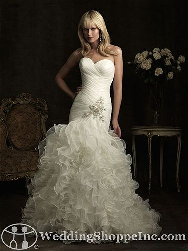 Allure 8915 Bridal Gown ~ The Wedding Shoppe