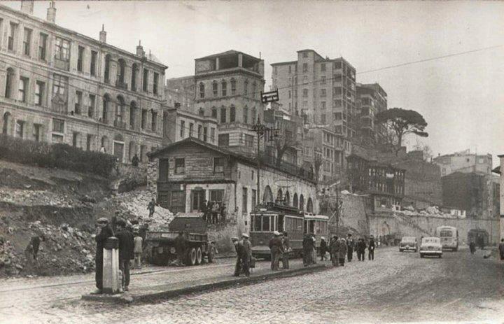 """1956 - 57 arasında Kabataş, """"inşa faaliyeti""""ndeydi... #ArşivDeşen"""