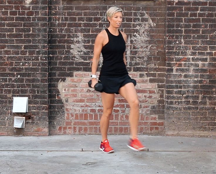 Weighted Forward + Backward Lunge - Steal this move from Carrie Underwood's personal trainer