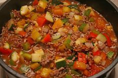 O la la dit is lekker! Het was nog wat warmer weer en alles wat er lag aan groente moest op. Deze heerlijke ovenschotel met 1001 smaken vult niet alleen, maar...