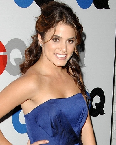 cleft chin... Nikki Reed